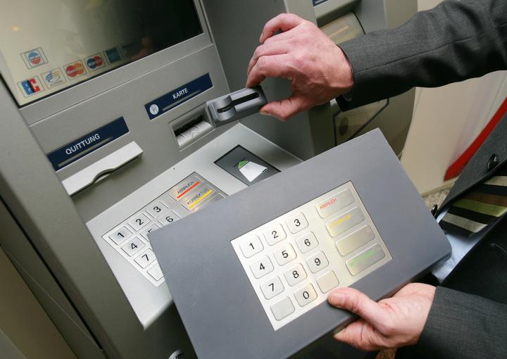 Обзор кредитных карт Кредит Европа банка